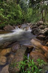 Lubuk Semak, Ulu Dong, Raub (Jamal Rahman) Tags: nature river stream malaysia slowshutter nikkor hdr pahang raub 1424 3exp uludong lubuksemak akobplace