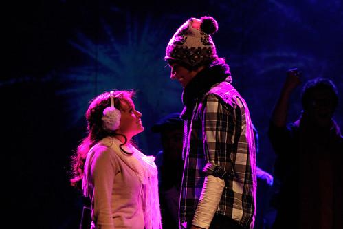 High School Musical - Troy og Gabriella møtes på East High.