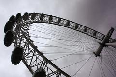 London Eye (Zyllan Fotografa) Tags: inglaterra england london unitedkingdom londoneye londres noria reinounido platinumheartaward 100commentgroup platinumbestshot zyllan