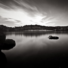 arrival (Tuan__) Tags: california longexposure sky lake rock clouds day sandimas 4min17s bonellpark