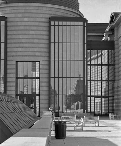 b-w history center022a