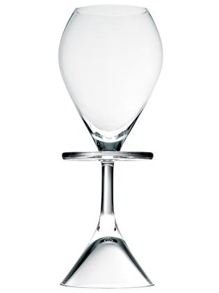 Gaia&Gino-Naomi-White-Wine-or-liqueur