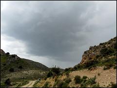 La tormenta se Acercaba (Marga_D...) Tags: sky paisajes verde green clouds gris landscapes spain country cielo scenary segovia nubes campo montaña montejodelavegadelaserrezuela