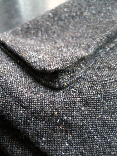 Wrap skirt pocket