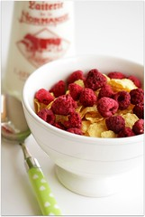 dried raspberries (C.Mariani) Tags: morning winter red food white breakfast milk bottle healthy corn tasty spoon textures dried february flakes simple cereals crunch raspberries crusty mycreation