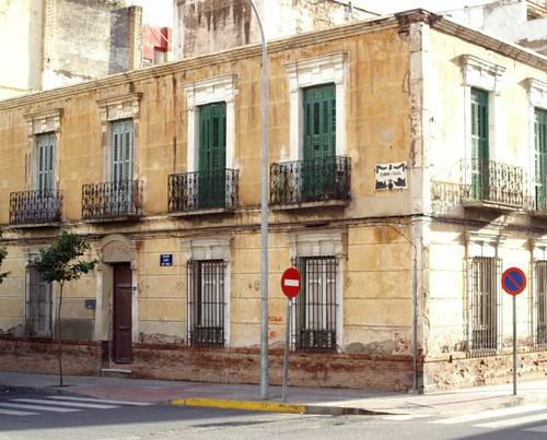 Donde está la placa de de Ramón y Cajal