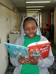Dr. Seuss Mar 2010 012 (Penn Charter) Tags: school america march dr seuss read lower across 2010