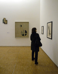Moholy-Nagy, Composition A.XX with Viewer