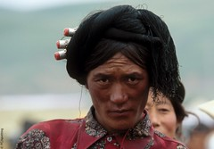 litang - sichuan - tibet - 2 - 06 (hors-saison) Tags: china festival tibet fc chine litang khampas spottingfreefr