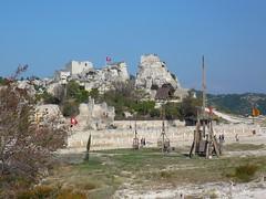 Les Baux de Provence - le chteau (Vaxjo) Tags: france castle ruins du rhne provence middle 13 tp chteau ages castillo burg castelli forteresse ruines moyenge lesplusbeauxvillagesdefrance bouches mdivale lesbauxde