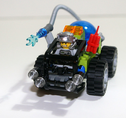 2010 LEGO 8188 Power Miners - Fire Blaster - Finished
