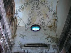 Blue eye (jere7my) Tags: italy church window honeymoon catholic basilica chapel ceiling christian cupola fresco oculus heresy ravenna emiliaromagna arian santapollinarenuovo basilicaofsantapollinarenuovo saintapollinare