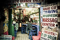 Hairdresser in Pokhara - Nepal ( fred beard photography ) Tags: nepal asia body barber hairdresser salon asie pokhara coiffeur photographebelge belgianphotographer photographebruxellois fredbeard fredbeardphotography frdricbeard brusselsphotographer