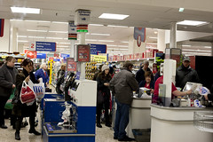 Tesco_Z7_9826 (Barry Zee) Tags: christmas england shopping hampshire tesco portsmouth commercialroad superstore canon50mmf14 sirterryleahy canoneos1dsmarkiii eos1dsmarkiii canon1dsmarkiii downtownportsmouth tescosuperstore terryleahy