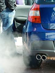 Poluição gerada por automóveis