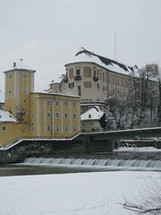 Steyr - Upper Austria (Been Around) Tags: schnee winter snow castle river austria österreich europa europe niceshot travellers eu schloss fluss sr 2009 oberösterreich wasserturm autriche austrian aut steyr oö ö upperaustria schlosslamberg flus 5photosaday a lamberg concordians thisphotorocks zwischenbrücken visipix expressyourselfaward flickrunitedaward bauimage diesteyr