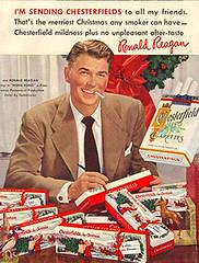 Ronald Reagan manda pacotes de Chesterfield de natal (Blogpaedia) Tags: vintage propaganda fumar tabaco fumo cigarros tabagismo