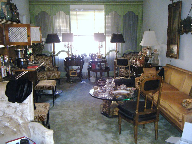 Forest Hills Tag Sale 002