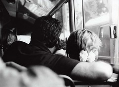 (other_view) Tags: 35mm analógica pareja amor bn 45 felicidad siddharta colectivo nikkormat hermannhesse reveladomanual