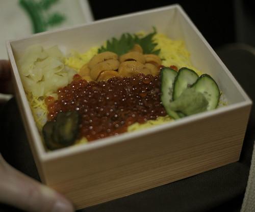 イニイクラ丼弁当(札幌)