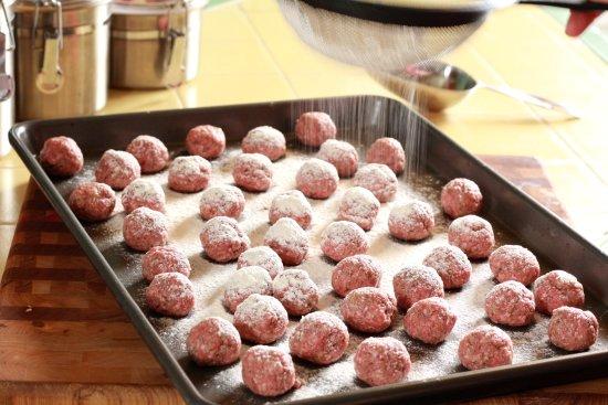 Alfredo Meatballs