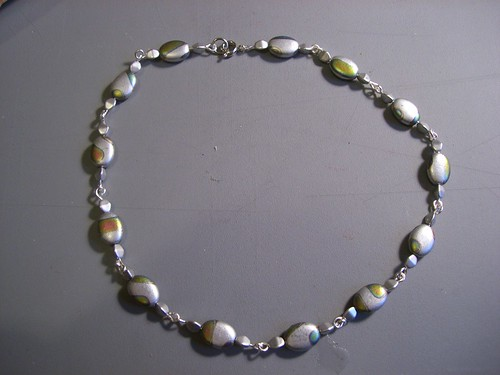Completed pigeon bead necklace