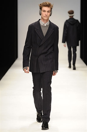 Johannes Linder3162_FW10_London_Wintel(Official)