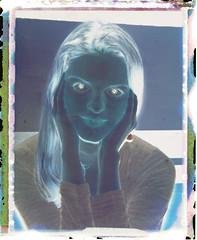 Pola-Negative-Girl