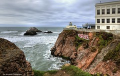 cliff house and giant camera obscura (Rex Montalban Photography) Tags: rexmontalbanphotography sanfrancisco giantcamera cliffhouse graffiti cameraobscura