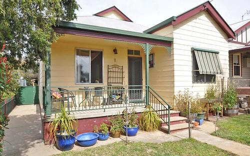8 Kemp Street, Junee NSW 2663