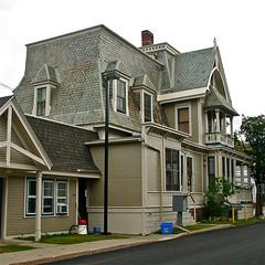 Martin L. Kelsey House (1879)  south side view (origamidon) Tags: usa architecture burlington square vermont slate sq vt gable dormers mansard 05401 chittendencounty origamidon donshall burlingtonvermontusa 4georgestreet