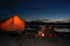 Souper devant la tente prospecteur