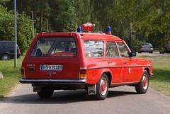 Blaulichttreffen Strausberg 2009 (RayKippig) Tags: berlin rot germany deutschland ambulance mercedesbenz 230 feuerwehr brandenburg rtw binz ambulanz ktw krankenwagen strausberg blaulichttreffen