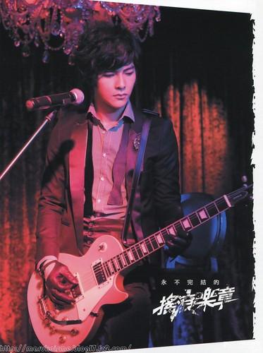 Jiro Wang 4203418355_8fa8d4148c