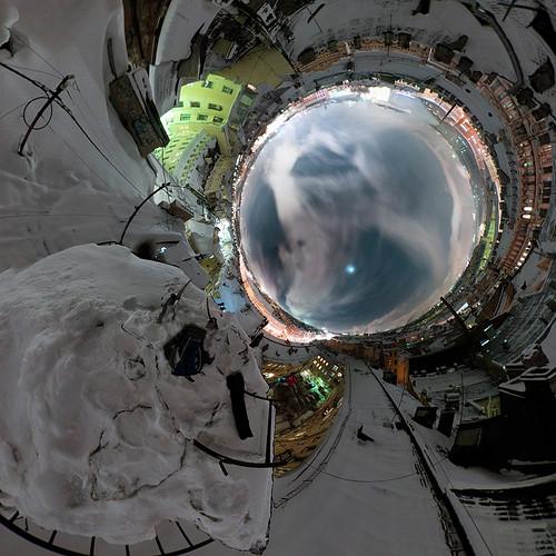 nichego_net_e_sq_03r_planet03m