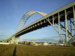 Fremont Bridge (SkinnyKidN/W) Tags: bridge blue sky oregon portland nw northwest fremont freeway interstate 1973 industrialphotography nasty93cc