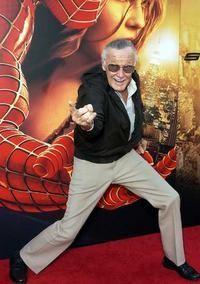 Stan Lee e homem aranha.