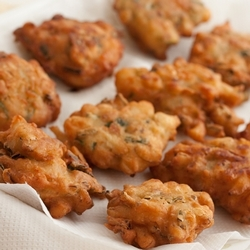 cucur udang/ bawang (prawn & onion fritters)