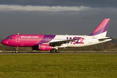 HA-LPA - 839 - Wizzair - Luton - 071105 - Steven Gray - IMG_4312