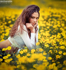 yanieska portrait (daniloanedda photography) Tags: sardegna flowers sun flower photography spring glamour nikon sardinia campagna yani fiori nikkor cagliari margherite nital modella mywinners colorphotoaward d700 70200mmf28vr2 daniloanedda yanieska