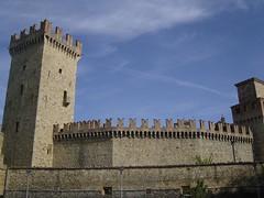 Vigoleno (Max Lordag) Tags: piacenza castelli emiliaromagna fari gazzola borghi vigoleno rocche rivalta vernasca castellidelducatodiparmaepiacenza collopiacentini