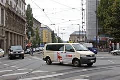 Mnchen (austrianpsycho) Tags: street bus vw germany volkswagen munich mnchen bayern deutschland bavaria van kreuzung lieferwagen strase xxxlutz