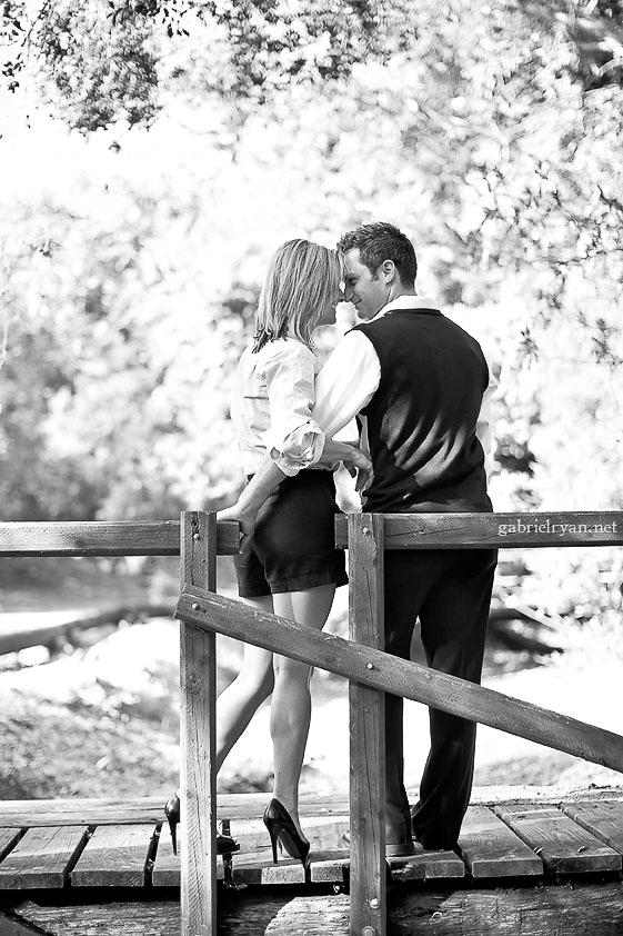 00004-2009-10-15-lacey-robby-engagement-blog