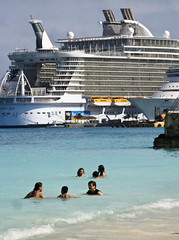 Oasis of the Seas,  Junkanoo Beach Nassau, Bahamas (Marie-Marthe Gagnon) Tags: ocean street cruise vacation 6 beach marie swim harbor big sand ship marthe tourists second streetphoto bahamas nassau biggest cablebeach thebahamas junkanoo gagnon 8f arawak oasisoftheseas mariegagnon mariemarthegagnon