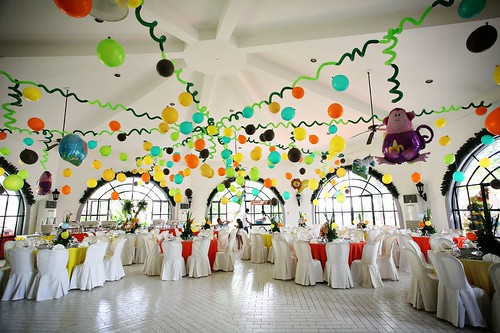 balloon decors by polkadotsevents