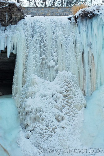 frozen falls close