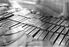 fp4_008 (JasMus) Tags: minolta books 55mm mistake ilford fp4 x300 125 bookfest f17