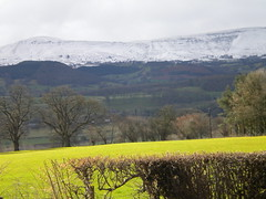 Taken from Maesyronnen Chapel near Hay-on-Wye March 2010 (golygfa) Tags: snow mountains wales landscape wyevalley landmarktrust maesyronnen landmarktrustmaesyronnen