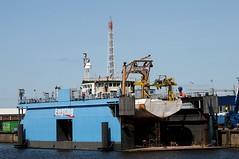 """KONINGIN JULIANE"" im Dock bei Empting in Cuxhaven /2008 (Wolfgang.W. ) Tags: dock shipyard cuxhaven floatingdock werft supplyvessel versorger mehrzweckschiff empting multipurposeship koninginjuliane imonumber7420974"