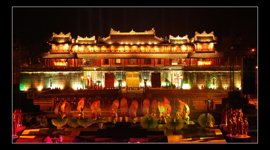 festival hue of vietnam